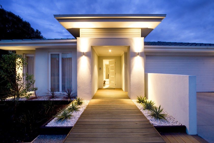 Setting The Mood Using Outdoor Lighting To Accentuate Your
