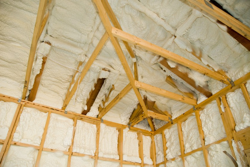 What are the Advantages and Disadvantages of Spray Foam Insulation ...