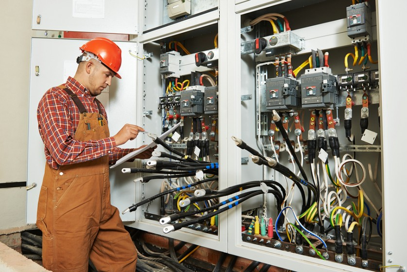 What to Expect From a Professional Electrician – Home Improvement Base